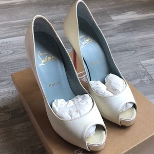 Christian Louboutin New Very Prive 120